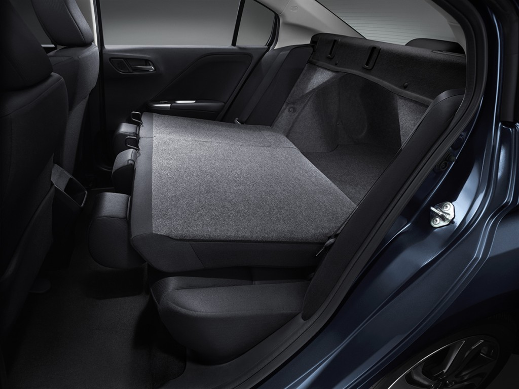 New City_Function_Foldable Rear Seat